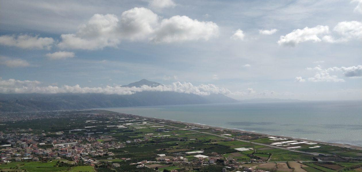 Dor manastırından Çevlik ve Kel Dağı