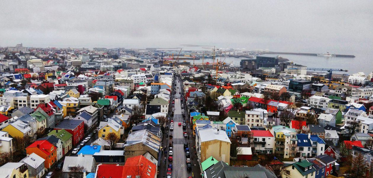 Hallgrímskirkja Kilisesi'nden Reykjavik
