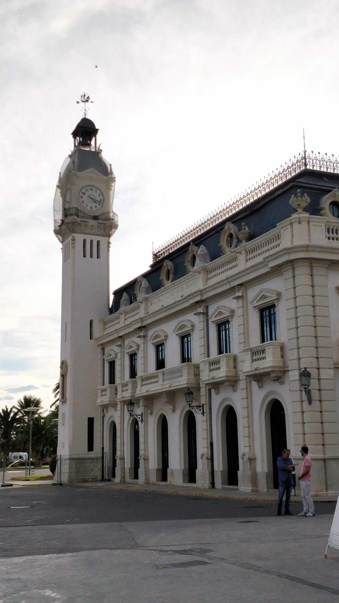 Limandaki saat kulesi, Valencia