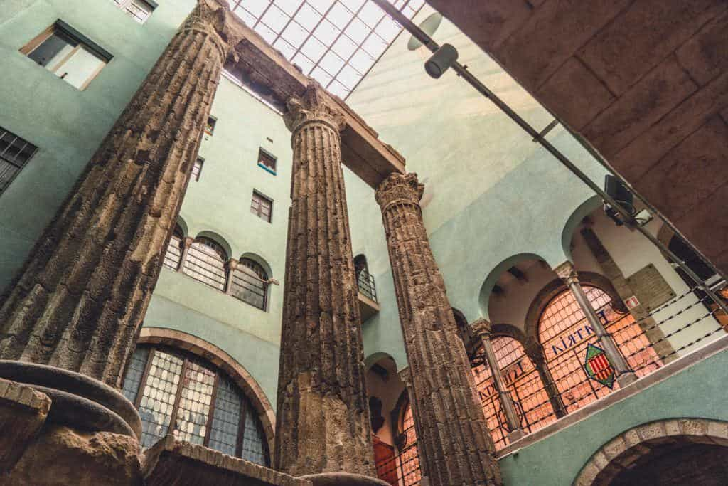 temple of augusto barcelona